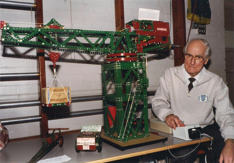 Len Spink with block-setting crane at our 18th exhibition on 12th October 1996 at Christchurch Hall