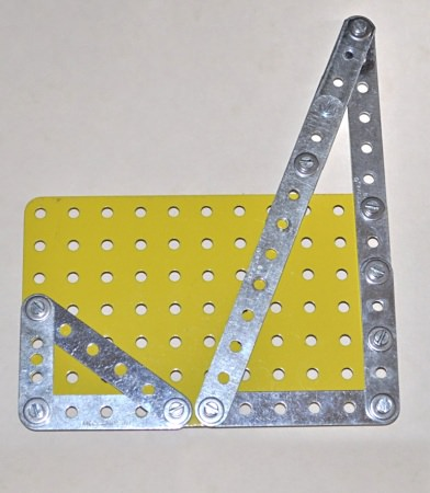 3, 4, 5 and 5, 12, 13 right-angle triangles in Meccano